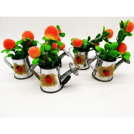 Magnes ozdobny na lodówkę konewka z owocami