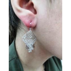 Piękne modne kolczyki wiszące srebrne trójkąty, próba 925