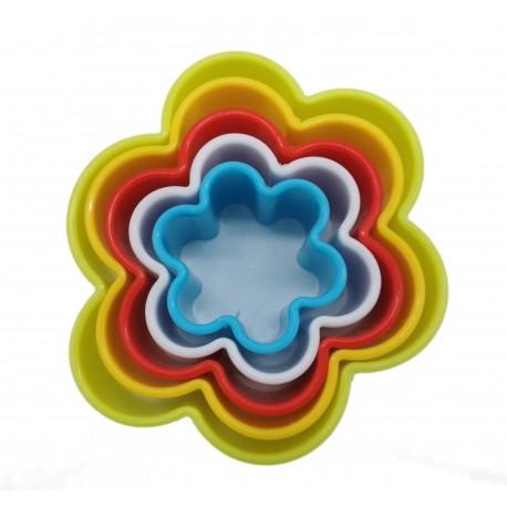 Foremki plastikowe do wykrawania ciastek, kwiatek